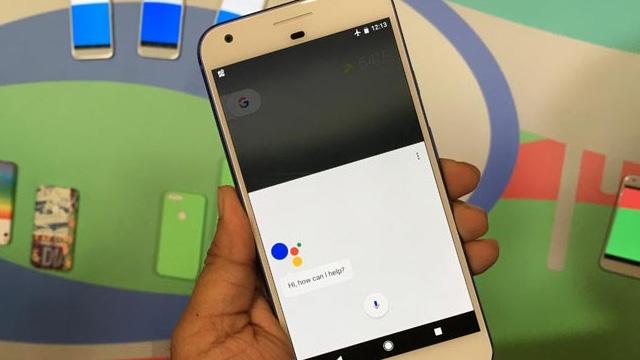 Google Pixel'i Bir Dakikadan Daha Kısa Sürede Hacklediler