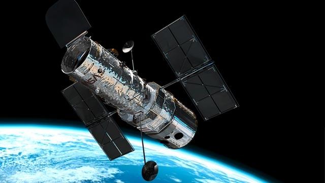 NASA'nın Göz Bebeği Hubble Dünyaya mı Düşüyor?