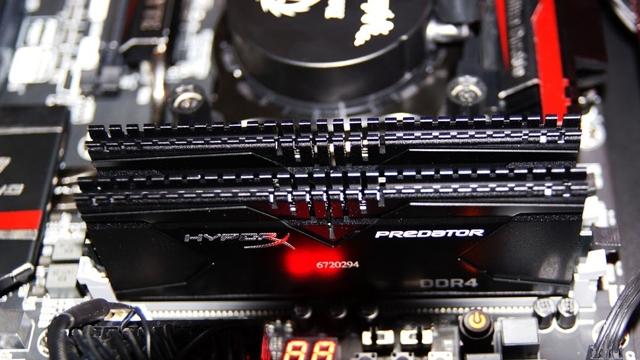 Yüksek Performanslı HyperX Predator DDR3 ve DDR4 RAM'ler Yenilendi