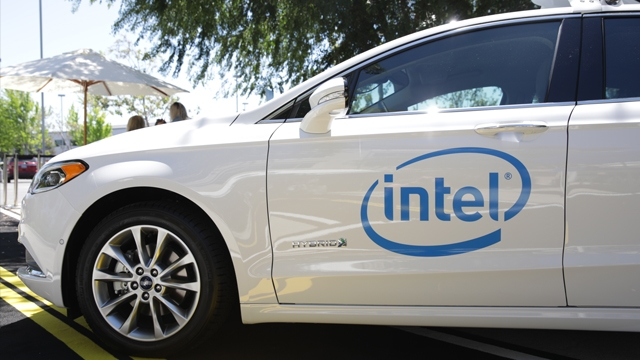 Intel 100 Araçlık Otonom Araba Filosu Test Edecek
