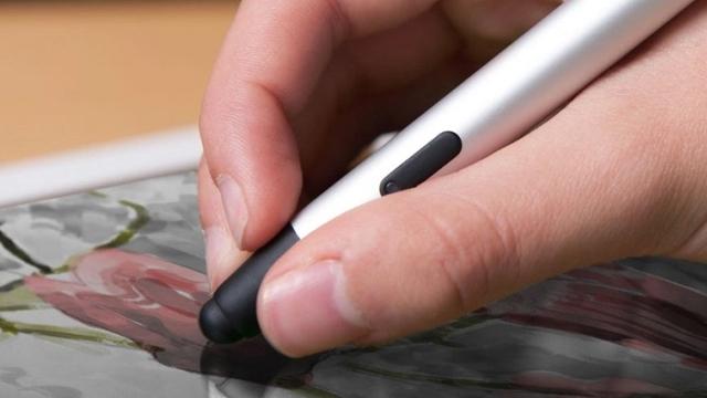 iPad Pro Geç Kalacak, Klavyesi ve Kalemi de Ayrı Satılacak