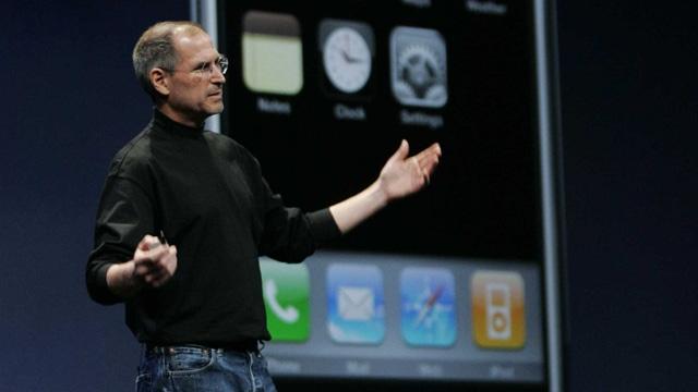 İlk iPhone 10 Yıl Önce Bugün Steve Jobs Tarafından Böyle Tanıtılmıştı