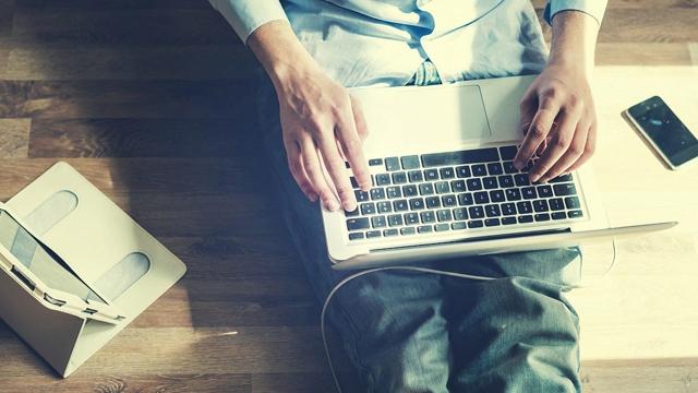 Teknolojinin Mikrop Saçarak Sizi Hasta Edebileceği 4 Ciddi Durum