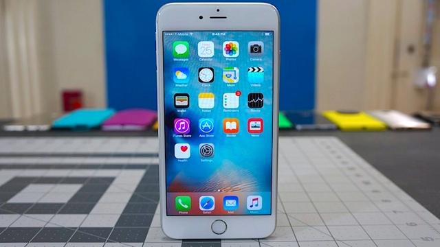 LG ve Samsung Apple'ın Gelecekteki Ekran Teknolojisi İçin Kolları Sıvadı