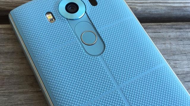 LG V20'nin Renkleri de Kendi Gibi Bir Değişik