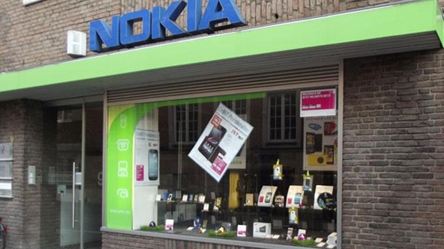Microsoft Türkiye'de Nokia Shop'ları Kapattı