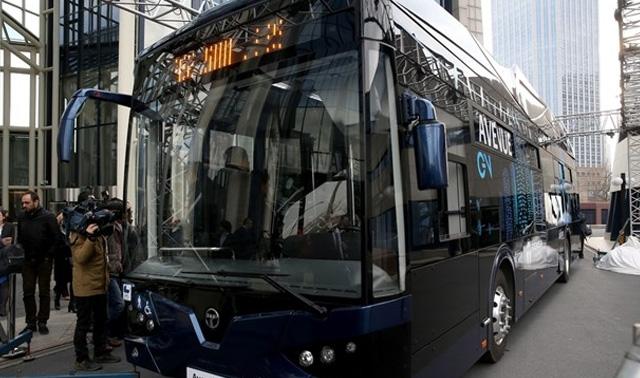Türkiye'nin İlk Yerli Yapım Elektrikli Otobüsü Avenue EV Tanıtıldı
