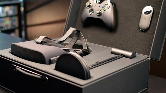 İlk Oculus Rift Elden Teslim Edildi