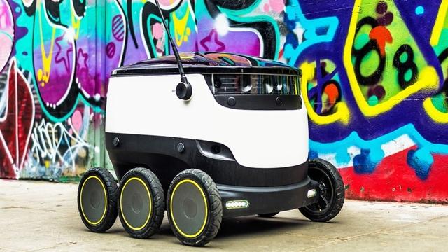 Domino's Pizza'da Artık Siparişleri Robotlar Getiriyor