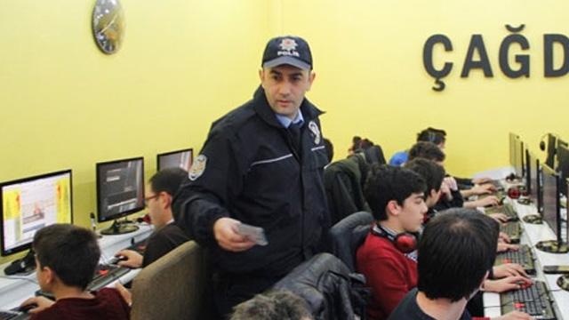 Abonelerin İnternet Trafiğinin Polise Açık Olması Operatörleri Endişelendiriyor