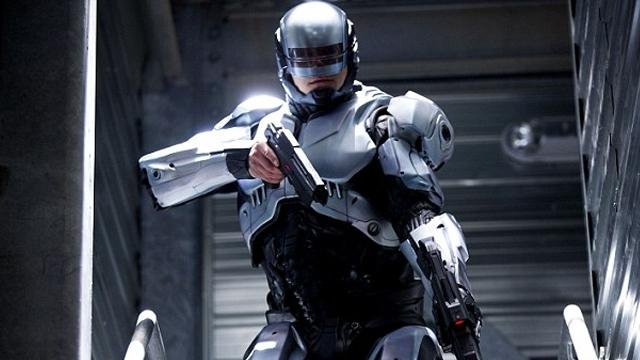 Robot Trafik Polisleri Nöbeti Devir Alıyorlar