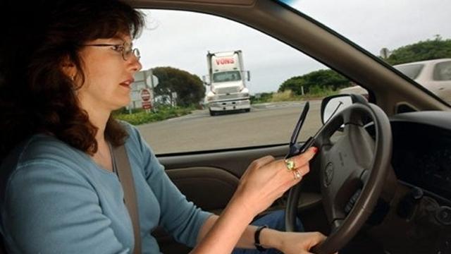 Samsung'un Yeni Sürüş Uygulaması Sürücüleri Kazalardan Koruyacak