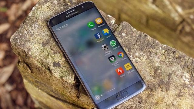 Galaxy S7 ve S7 Edge Android 7.0 Nougat Güncellemesine Kavuşuyor
