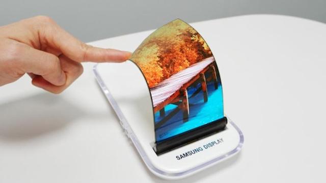 Samsung Bükülebilir Ekran Teknolojisine Dair Yeni Örnekler Görüntülendi