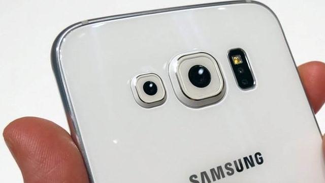 Yılsonunda Samsung'dan Çift Kameralı Bir Telefon Geliyor