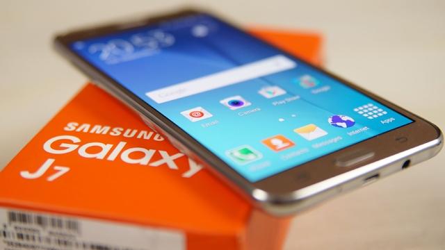 Samsung Galaxy J7 (2016) ve Galaxy J5 (2016) Duyuruldu