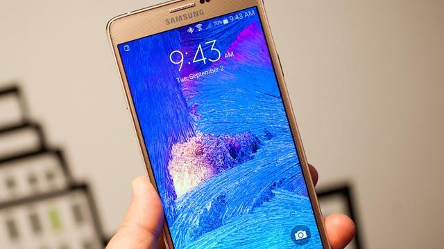 Şimdi de Samsung Galaxy Note 4'ler Toplatılıyor!