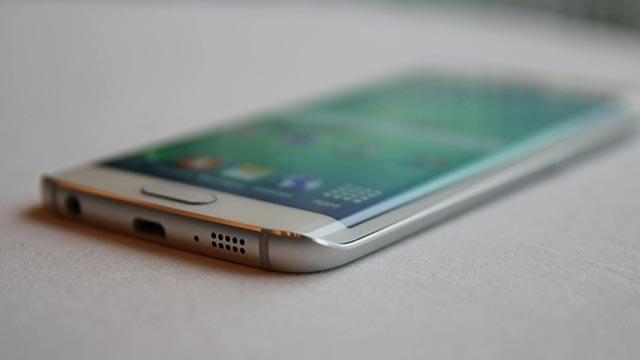 Samsung'un Galaxy S6 Edge Pişmanlığı