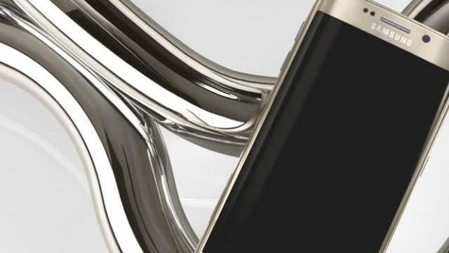 Samsung, Galaxy S6 Edge Reklamlarında Apple'ı Taklit Etmeye mi Başladı?