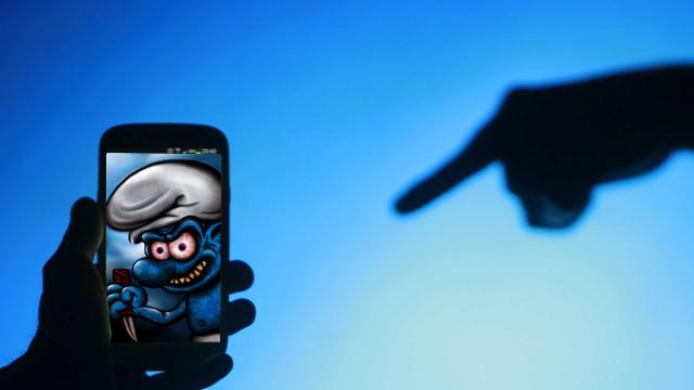 Dikkat Smurf Suit Uyarısı Yapıldı, Şirinler Bir Anda Akıllı Telefonları Ele Geçirebilir