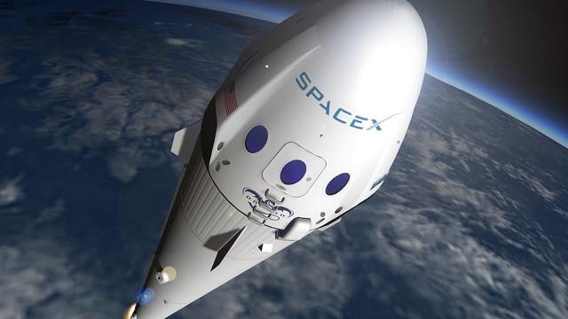 Elon Musk, Yörüngeye Casus Uydu Yerleştirdi