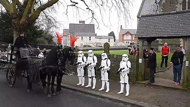 Kocasına Star Wars Temalı Cenaze Düzenledi