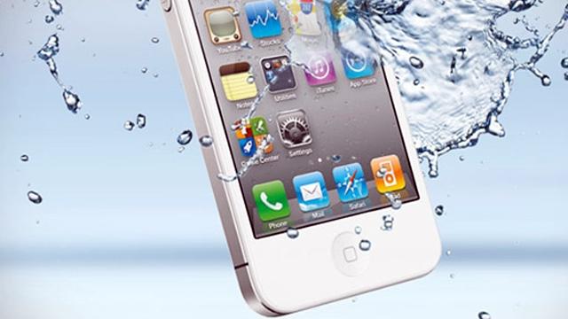 iPhone Yeni nesil Telefonlarını Su Geçirmez Yapacak
