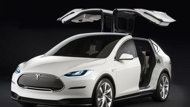 Tesla Model  X Test Sürüşünde Kameralara Yakalandı
