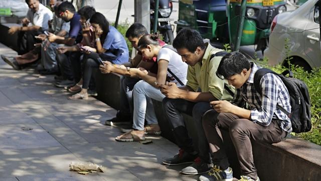 Türk Kullanıcıların Akıllı Telefon ile İmtihanı: Son İstatistikler