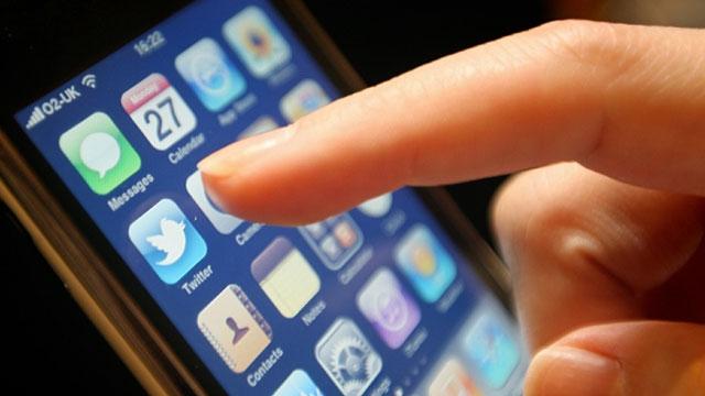 Twitter'dan Şiddet Mesajlarını Önlemek İçin 'Önce Vur, Sonra Sor' Yöntemi