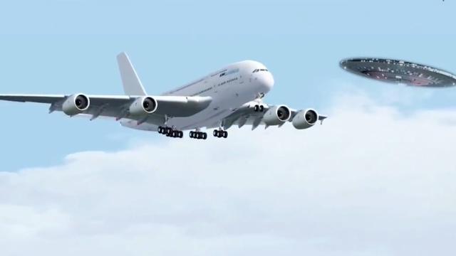 Yoksa Uçaktan Çekilen Bu Videoda Görünen Cisim Bir Ufo mu?