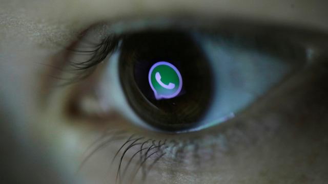 WhatsApp Güncellendi: GIF Kütüphanesi ve Çoklu Dosya Gönderim Özelliğine Kavuştu
