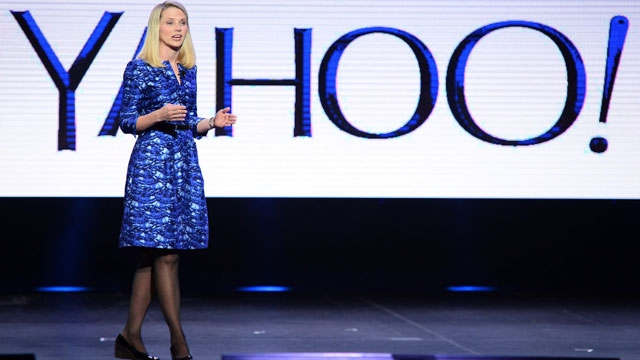 Yahoo Canlı Yayın Eklentili Uygulamasıyla WhatsApp'a Rakip Olacak