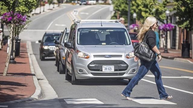 Ford, İnsanlığı Sürücüsüz Arabalara Hazır mı Diye Test Etti