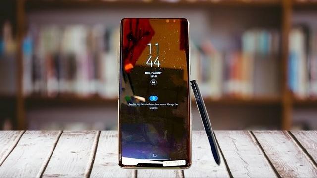 Galaxy Note 8'in Son Reklam Filmi: Seni Seviyorum