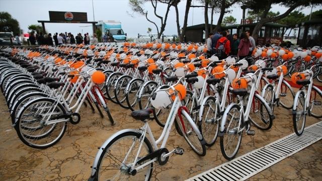Öğrenciler, Bakanlığın Hediye Ettiği Bisikletleri İnternette Satıyor