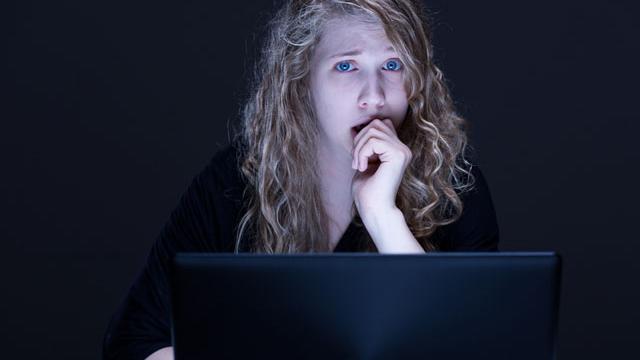 Uzmanlar Uyarıyor: Siber Tacize Taviz Vermeyin