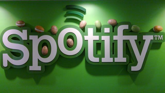 Spotify 60 Milyon Premium Kullanıcıyla Apple Music'i Fena Solladı