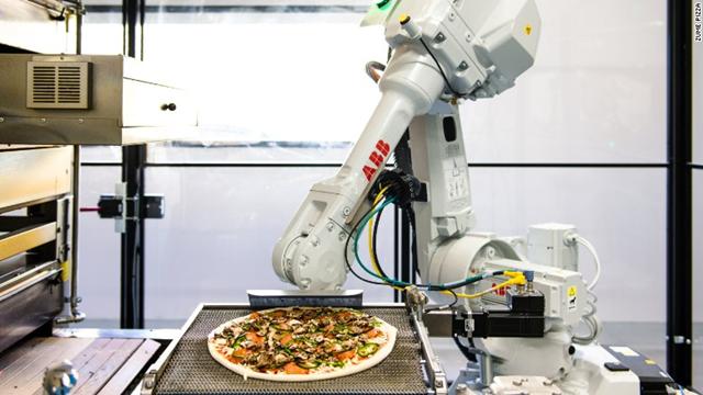 Bırakın Pizzalarınızı Robotlar Hazırlasın!