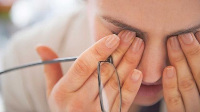 Dijital Göz Yorgunluğuna Dikkat