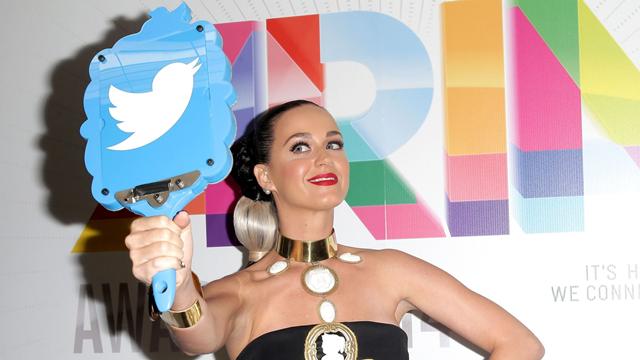 Twitter'ın Yeni Takipçi Kraliçesi Katy Perry Oldu
