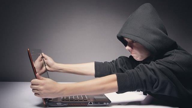 İşte Gençleri Siber Suçlara İten Sebepler!