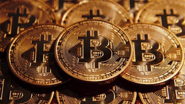 Dijital Para Birimi Bitcoin 4000 Doları Geçti!