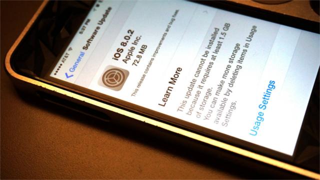 Apple iOS 8.0.2 Güncellemesini Geciktirmeden Yayınladı
