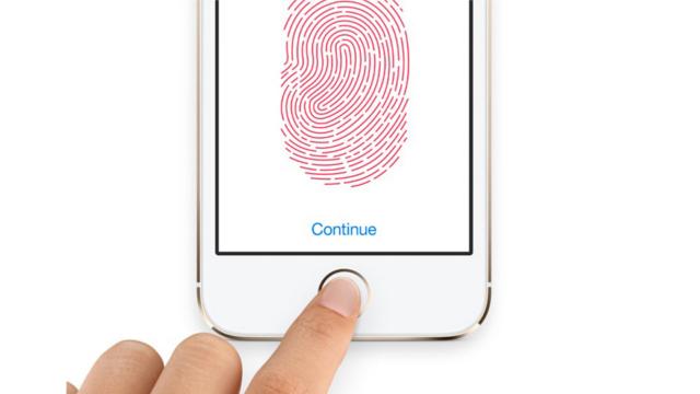 iPhone 6 Güvenli Mekanlarda Telefon Kilidini Kendisi Açacak