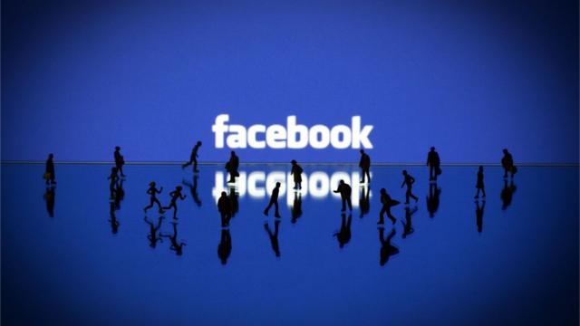 Facebook Sayfalar Tasarımı Tek Kolon Oluyor