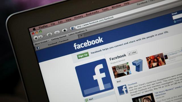 Facebook'tan Yeni Bir Özellik: Arkadaşınız Yorum Yazıyor