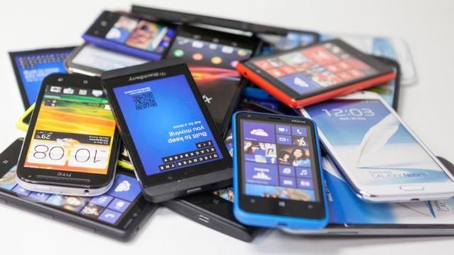 Beklenen Açıklama Geldi: Akıllı Telefonlara Başka Vergi Yok!