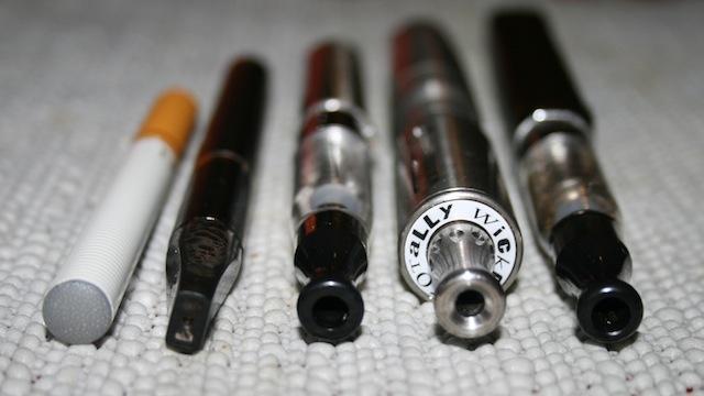 Araştırmalar Elektronik Sigaraların Zararlı Olduğunu Ortaya Çıkardı