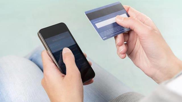 Türk Kullanıcılar Mobil Bankacılığı Tercih Ediyor